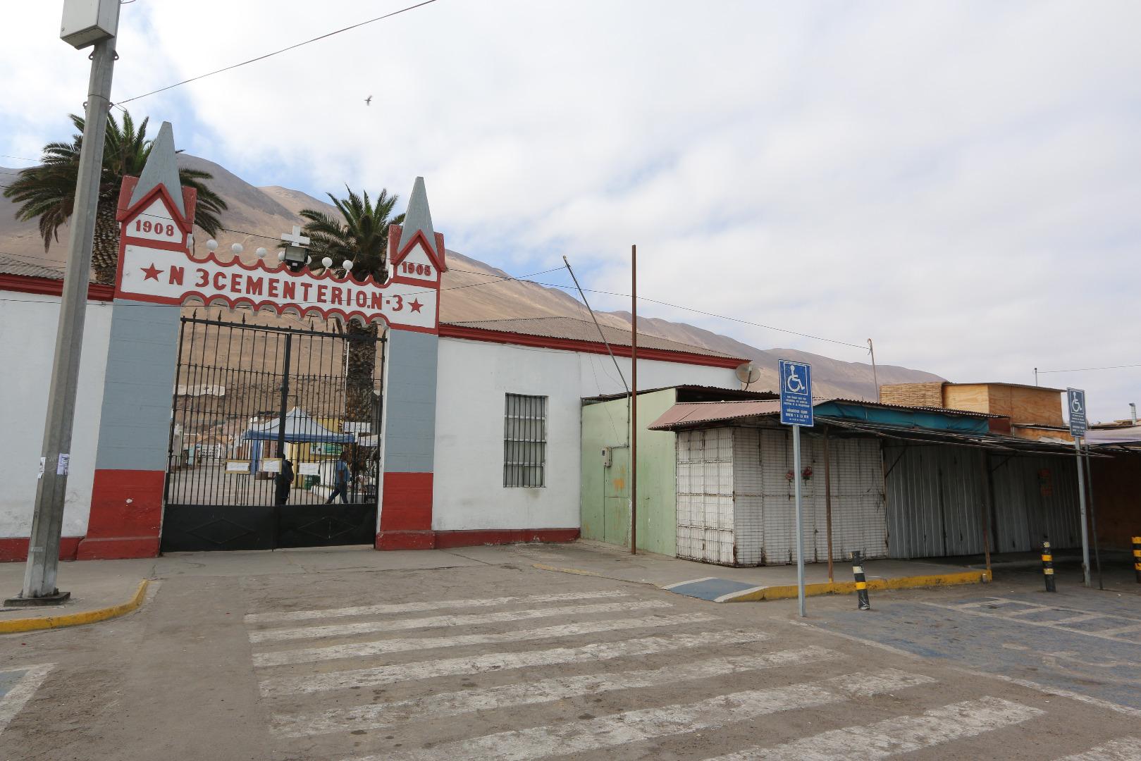 Cementerios N°1 y N°3 de Iquique abren sus puertas al público general durante fase de Transición